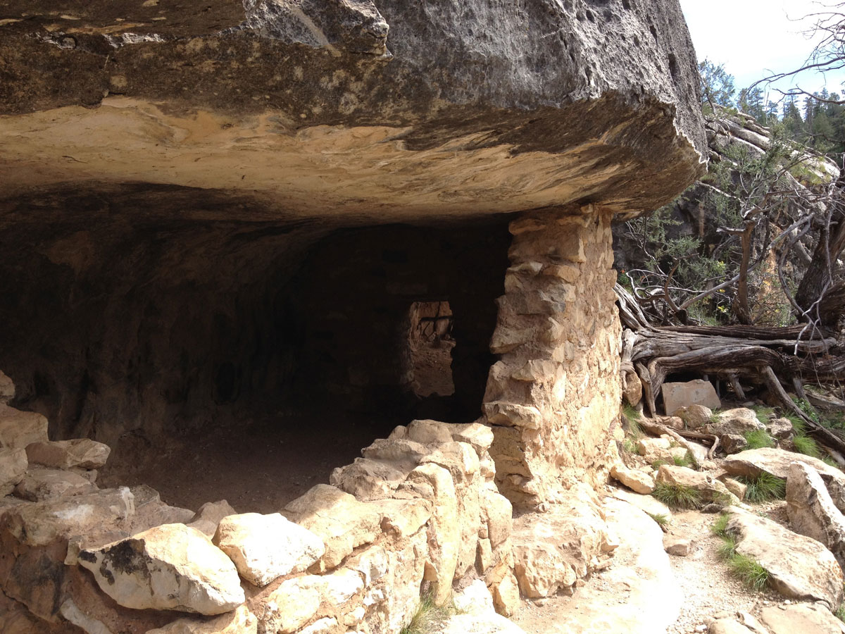Walnut Canyon Indian Ruins